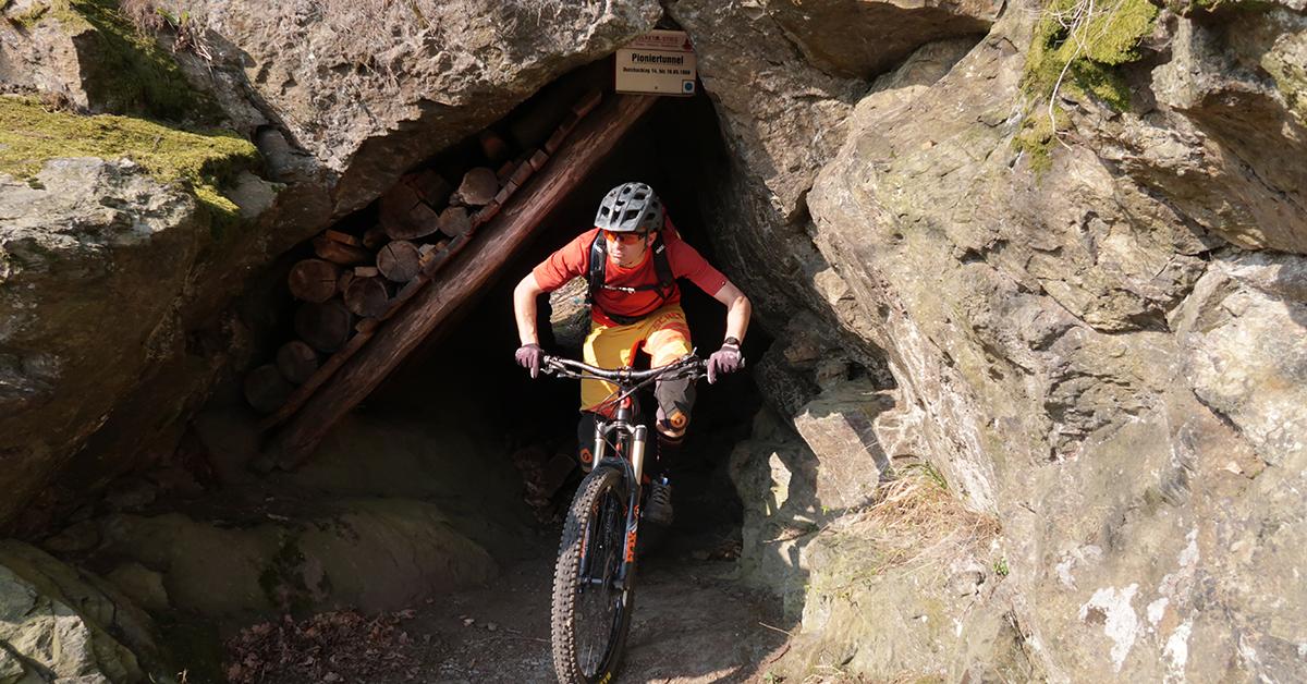 Mit dem MTB durch den Pioniertunnel im Selketal (Ostharz)